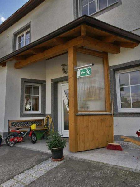 Vordach Wiesinger sen. Unterweißenbach 2007