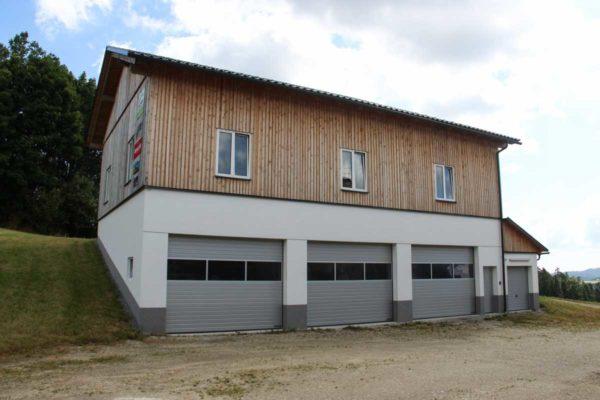 Halle Heiligenbrunner Wirtschaftsgebäude 2013