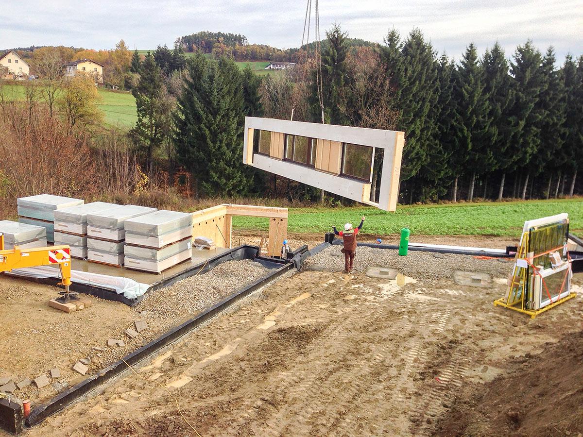 Buchner Holzhaus Montage Kran